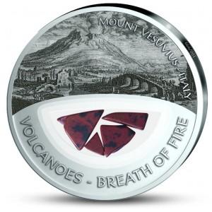 Vesuv - vzácná patinou broušená mince s pravými sopečnými kameny