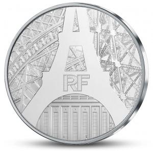 Eiffelova věž - slavná francouzská ikona na stříbrné minci (22,2g)