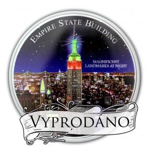 Empire State Building s ultrafialovým osvětlením - mincovní unikát
