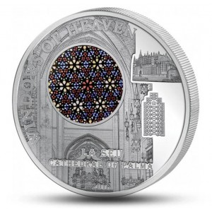 """Katedrála Palma de Mallorca - atraktivní stříbrná mince s populární série """"Nebeská okna"""""""
