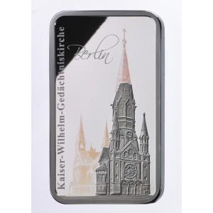 Pamětní kostel císaře Viléma na atraktivní minci s hologramem