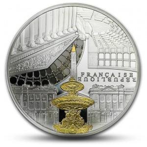 Věhlasné Národní shromáždění a populární obelisk Concorde v Paříži - zušlechtění ryzím zlatem a černým rhodiem (10 eur)