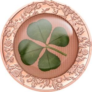 Atraktivní stříbrná mince zušlechtěná růžovým zlatem s pravým čtyřlístkem pro štěstí