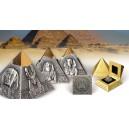 Věhlasná Rachefova pyramida na exkluzivní stříbrné minci parciálně zušlechtěné ryzím zlatem - unikátní jehlanovitý tvar